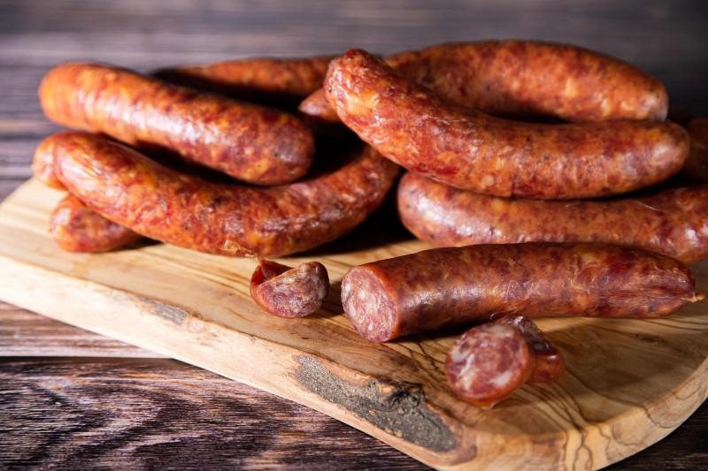 Nos saucisses sèches ou pipes d'Ardenne, l'idéal pour un apéro réussi.